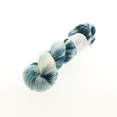 Merino Twist Sock - Dark Teal (knots)