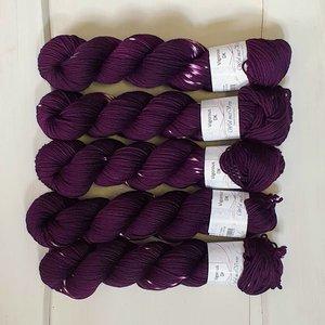 Vigorous DK Tie Dye - Yan's Purple 0220